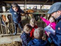 Schoolboeken over landbouw onder loep