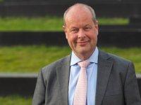 Gelderse gedeputeerde Van Dijk (CDA) vertrekt