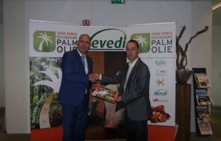 Duurzame+palmolie+voor+zuivel%2C+vlees+en+ei