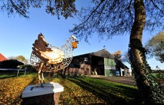 Rijksvastgoedbedrijf repareert pachtschuren Flevoland