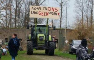 Actie boeren Uitgeest tegen weg in polder