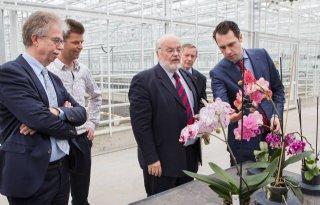 Martijn van Dam bezoekt Naktuinbouw
