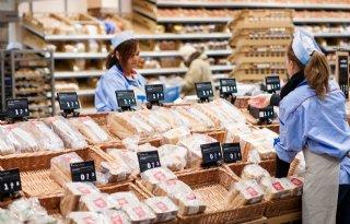 Supermarkten+zetten+in+juni+weer+meer+om