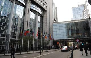 Brussel+geeft+groen+licht+voor+CETA