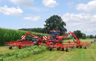 Kuhn+drijft+rotorhark+hydraulisch+aan