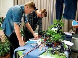 Scholier maakt kennis met tuinbouw