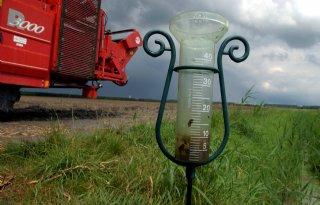 Wateroverlast+Zeeland+door+noodweer