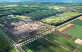 Lelystadse+Boer+beheert+gronden+vliegveld+Lelystad