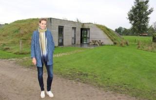 Logeren+in+ondergrondse+bungalow+in+de+wei