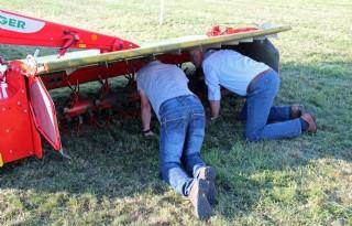 Boer+investeert+weer+in+graslandmachine