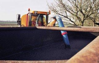 Duitse boeren werken drijfmest steeds sneller in