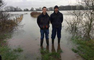Boer+nog+niet+in+paniek+door+hoog+water