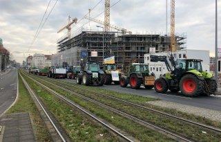 Ook+Duitse+boeren+de+straat+op