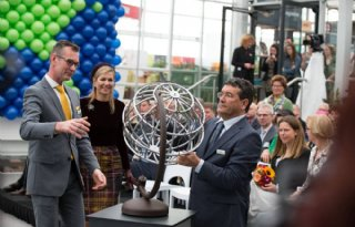 TV: Maxima opent World Horti Center