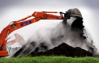 Kabinet+onderzoekt+nieuwe+norm+voor+met+PFAS+vervuilde+grond