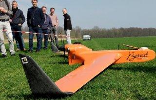 Drone+met+spanwijdte+van+4+meter+brengt+bodemvocht+in+beeld