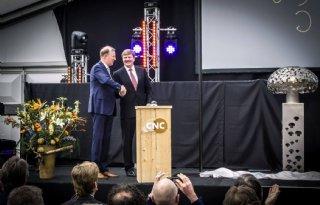 Nieuwe+fabriek+van+CNC+Grondstoffen+officieel+geopend