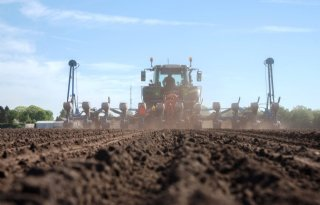 Dik+duizend+akkerbouwbedrijven+groter+dan+100+hectare