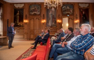 Boeren+uiten+zorgen+op+stadhuis+Leeuwarden