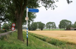 Schouders+eronder+in+Buijtenland+van+Rhoon