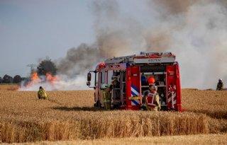 Combinatie+droogte+en+hitte+verhoogt+brandgevaar+landbouwvoertuig