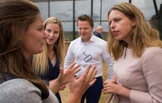 Schouten+introduceert+garantieregeling+jonge+boeren