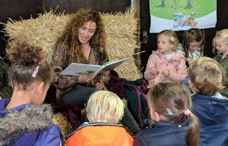 Katja+Schuurman+presenteert+kinderboeken+over+boerderijleven