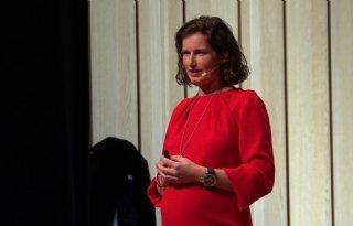 TV: Boerin Agnes deelt levensverhaal in theater