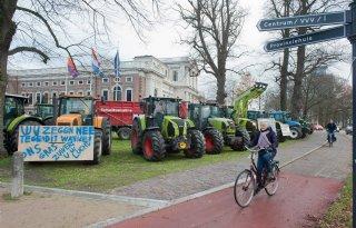 Noord%2DHollandse+boeren+weer+naar+provinciehuis