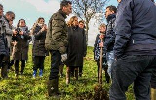 Landbouwminister+bekijkt+kansen+voor+veenweiden