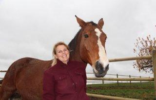 Stal is afgestemd op natuurlijk gedrag paard