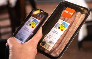 Klant+Carrefour+scant+herkomst+vlees+met+mobiel