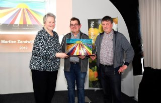 Tulpenbedrijf+Van+der+Baan+wint+Martien+Zandwijk+Prijs