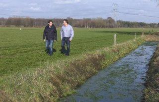Waterschap adviseert te wachten met mest uitrijden