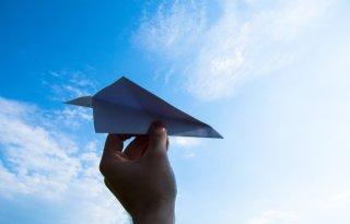 LLTB+wijst+defensie+op+uitstoot+vliegbasis+De+Peel