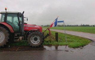 Groningse+boeren+voeren+thuis+protest