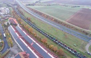 Duitse+boeren+woensdag+de+grens+over