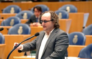Geert+Wilders+en+Dion+Graus+doen+aangifte+tegen+slachthuis