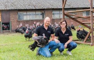 Familie Bos scoort met kalkoenconcept De Sjroete Farm