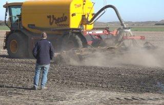 Mest uit Limburg voor akkerbouwers Texel
