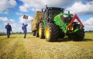 Slot+dreigt+voor+boerenbedrijven+in+veenweide+bij+Leeuwarden