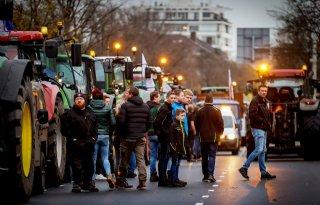 Boeren verzamelen zich voor protest in Den Haag