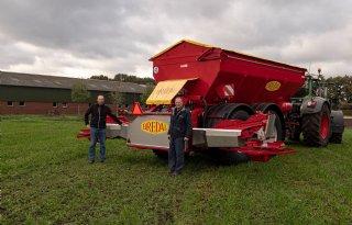 Bredal-strooier K165 XE-SC voor loonbedrijf in 't Hulst