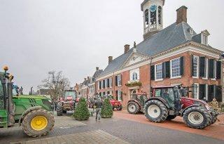 Boeren+demonstreren+in+Dokkum+tegen+waddenplannen