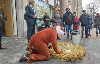 Excuses+Fries+provinciebestuur+aan+boerenvertegenwoordigers
