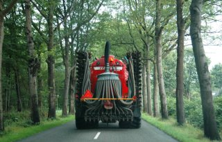 Boeren maken bezwaar tegen brugafsluiting Vught
