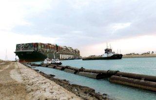 Vee op wachtende schepen Suezkanaal