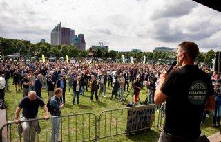 CDA en D66 uitgejoeld op Malieveld. Baudet wil show stelen