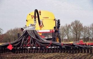 Duitsers verminderen emissie bij uitrijden drijfmest