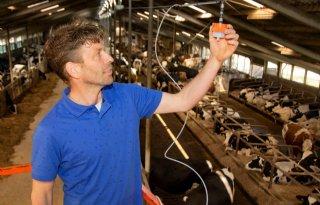 Onderzoek naar verlagen methaan- en ammoniakemissie melkvee